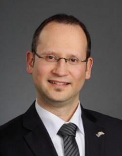 Le Dr. Jean-Pierre Paul de Vera, du DLR de Berlin, reçu dans le groupe Exobiologie.